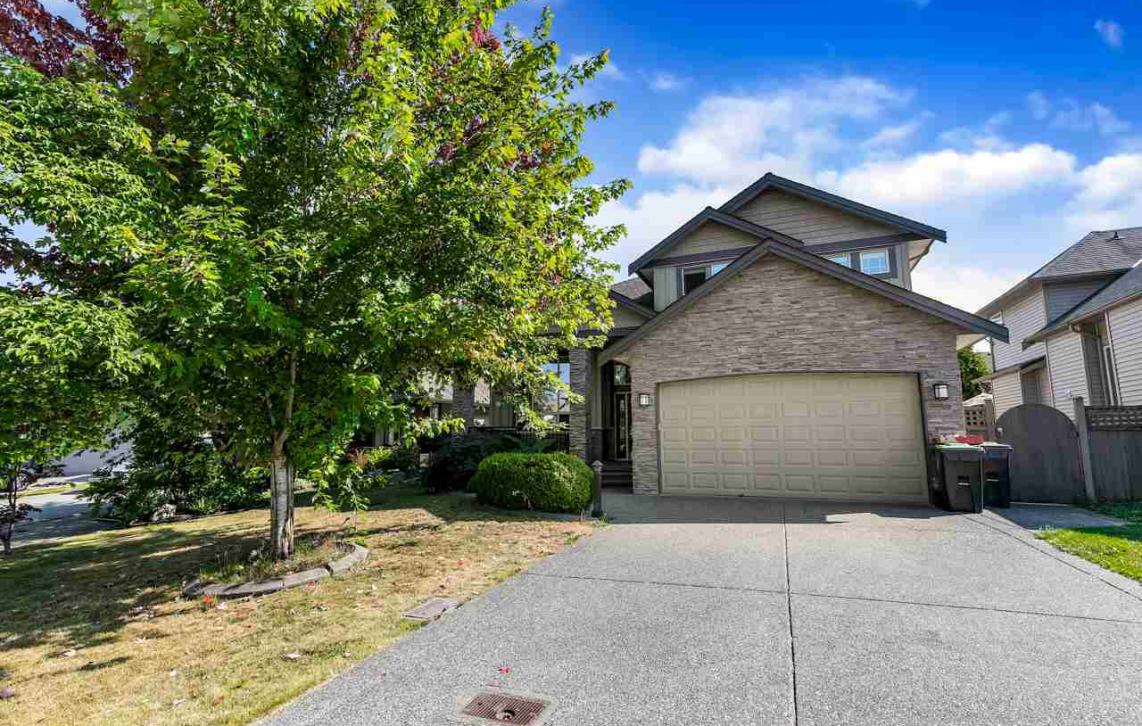 19676 71a Avenue, Willoughby Heights, Langley